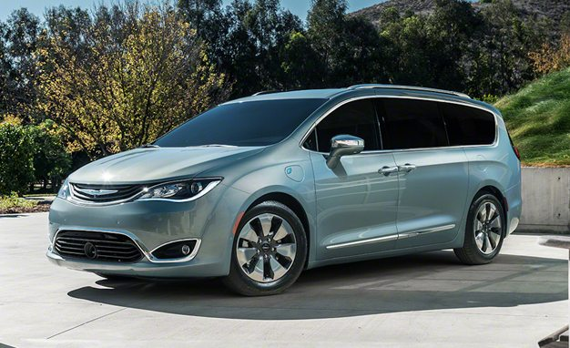 Price Cut 2017 Chrysler Pacifica Is 1400 Er Than The Town Country 1