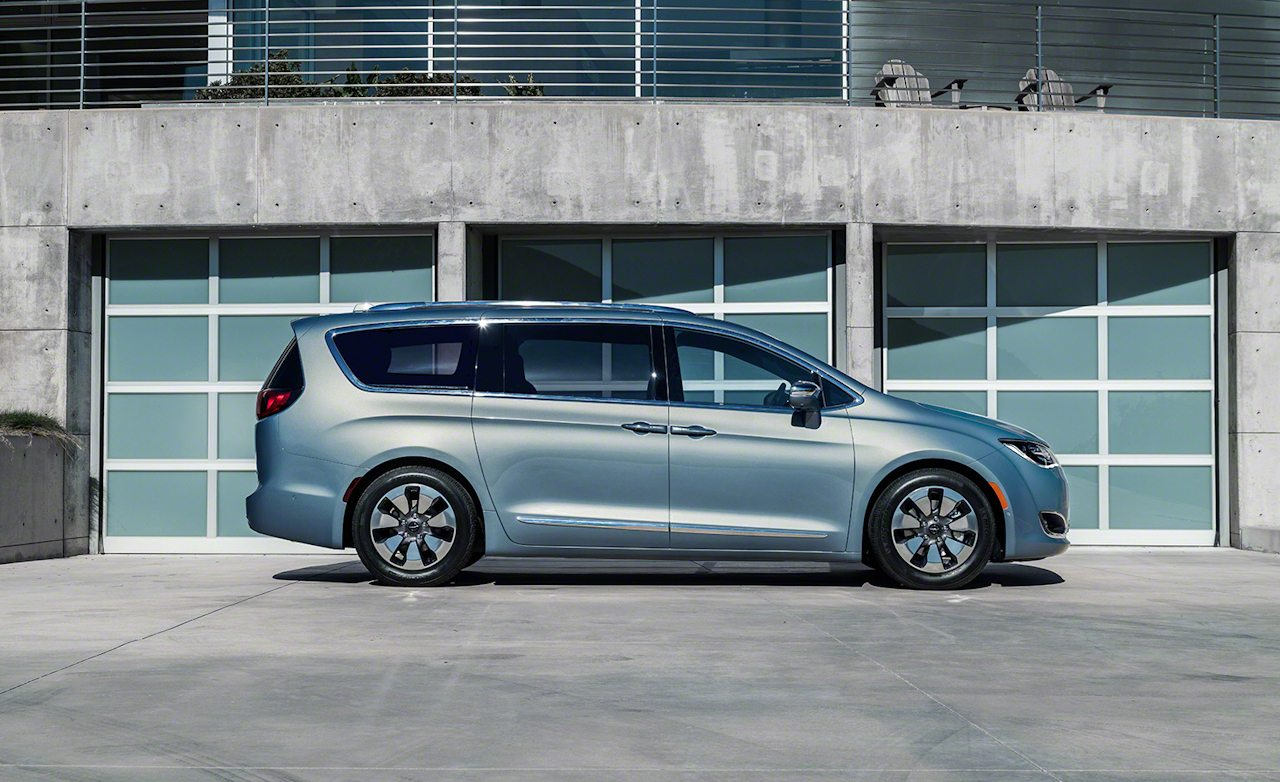 So Close: Chrysler Pacifica EPA Fuel-Economy Ratings Nearly Match Class-Leading Honda Odyssey 1