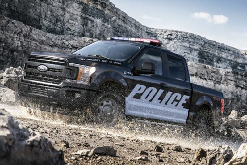 That'll Fill Your Mirrors: 2018 Ford Expedition SSV Cop Car