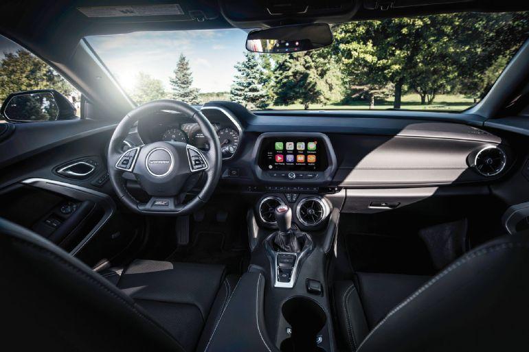 2016 Chevrolet Camaro Review 3