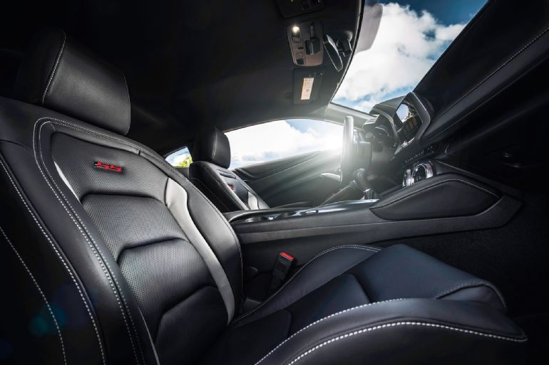 2016 Chevrolet Camaro Review 4