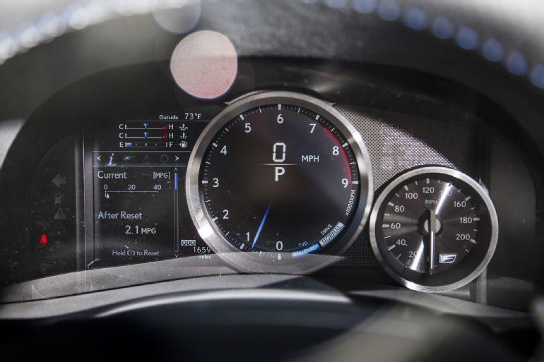 2016 Lexus GS F Review 5