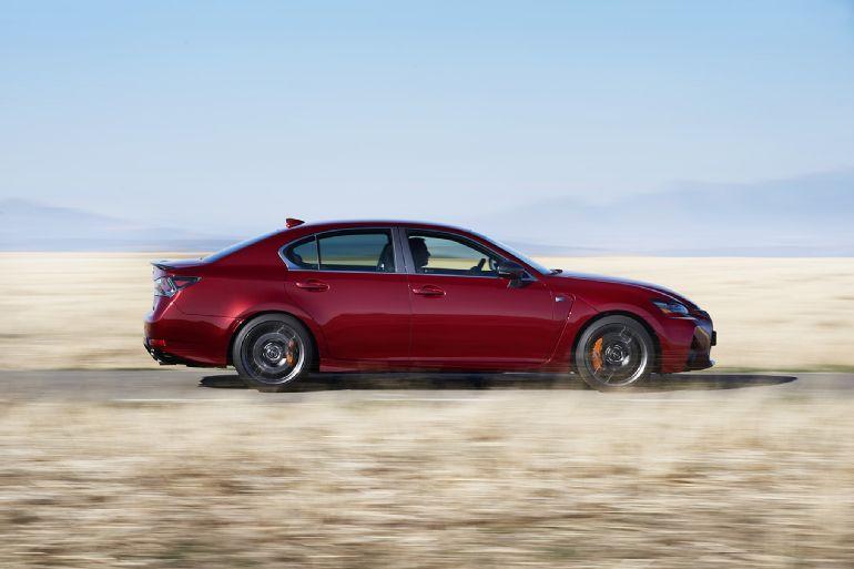 2016 Lexus GS F Review 7