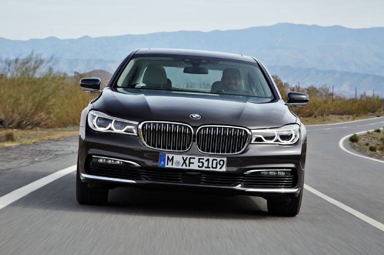 2016 BMW 7 Series Review 1