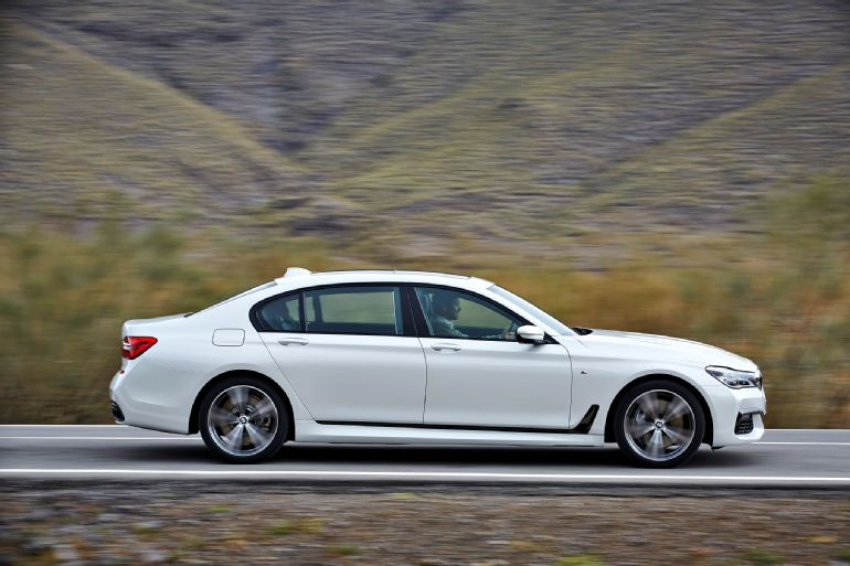 2016 BMW 7 Series Review 6