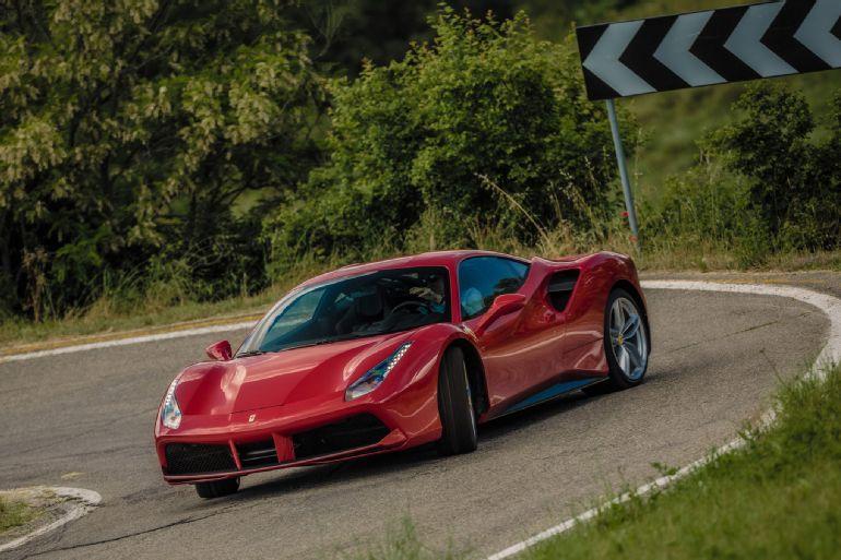 2016 Ferrari 488 GTB Review 5