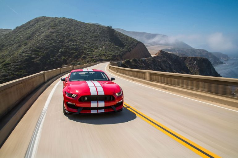 2016 Ford Shelby GT350 Mustang Review 5