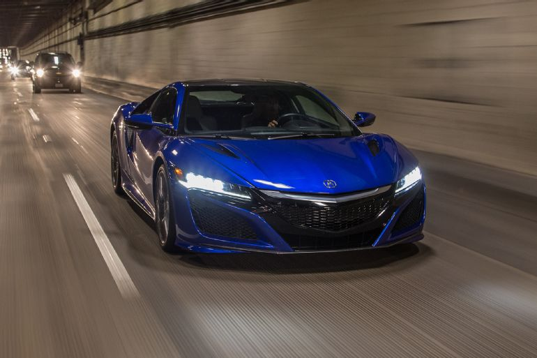 2017 Acura NSX Review 3