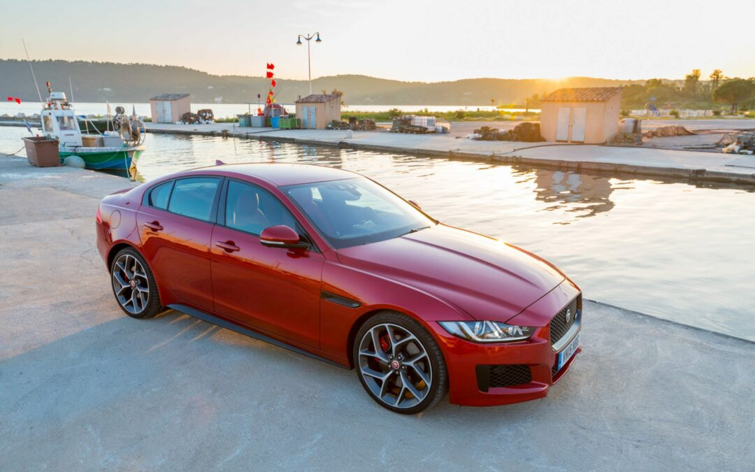 2017 Jaguar XE Will Offer a Manual Transmission in the U.S.