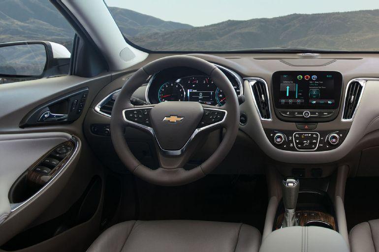 2016 Chevrolet Malibu Review 2