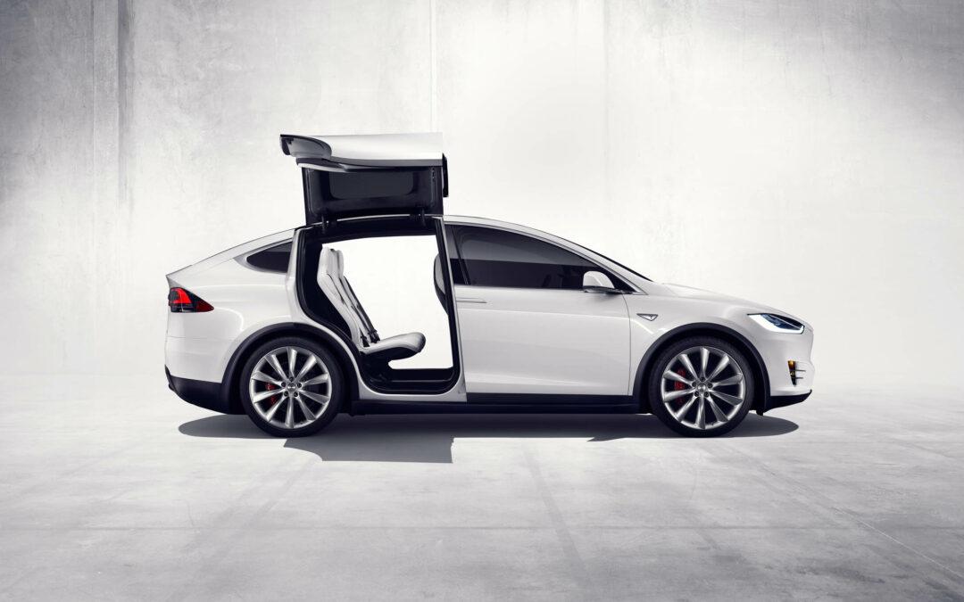 Tesla Adds More Affordable Model X 70D Variant