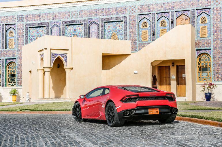2016 Lamborghini Huracan LP 580-2 Review 3