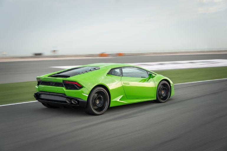2016 Lamborghini Huracan LP 580-2 Review 5